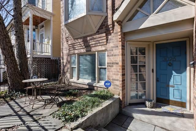 3026 N Kenmore Avenue #1, Chicago, IL 60657 (MLS #11029059) :: John Lyons Real Estate