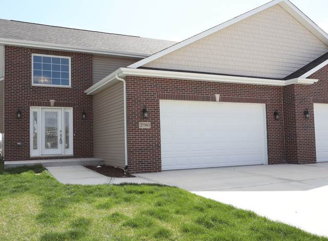 27303 W Deer Hollow Lane, Channahon, IL 60410 (MLS #11030389) :: Helen Oliveri Real Estate