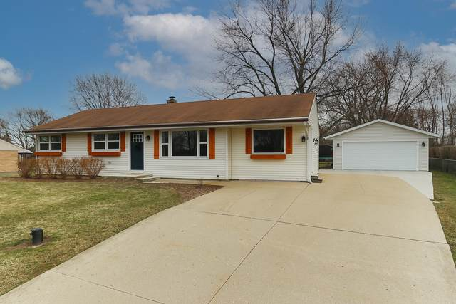 28423 W Kelsey Court, Barrington, IL 60010 (MLS #11032109) :: Helen Oliveri Real Estate