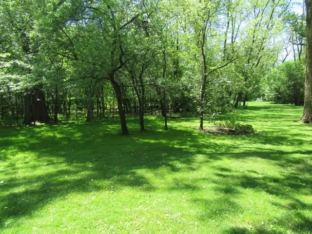 2074 Shermer Road, Northbrook, IL 60062 (MLS #11032354) :: Helen Oliveri Real Estate