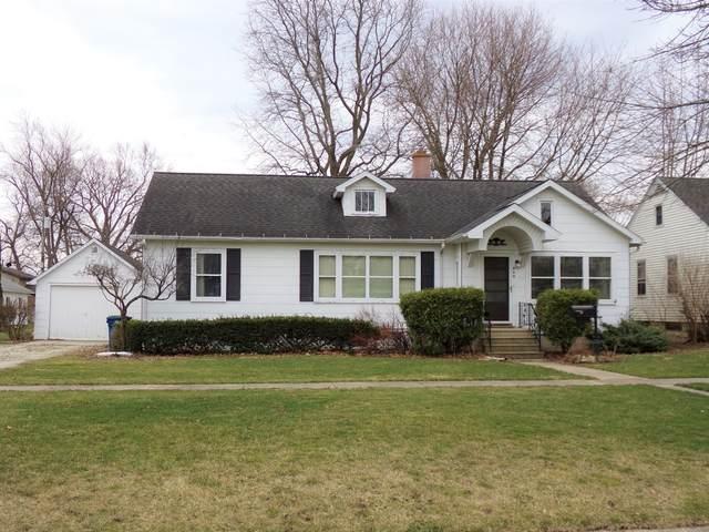 209 E Pollard Avenue, Dwight, IL 60420 (MLS #11033023) :: Helen Oliveri Real Estate