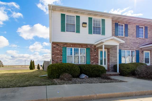 2 Andy Court #1, Bloomington, IL 61704 (MLS #11034621) :: The Spaniak Team