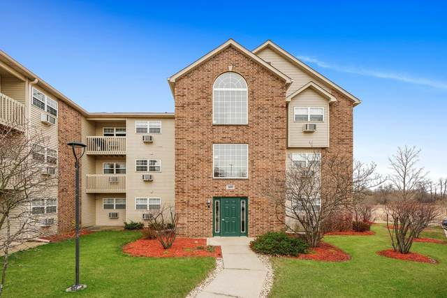 400 Cunat Boulevard 3D, Richmond, IL 60071 (MLS #11035418) :: Helen Oliveri Real Estate