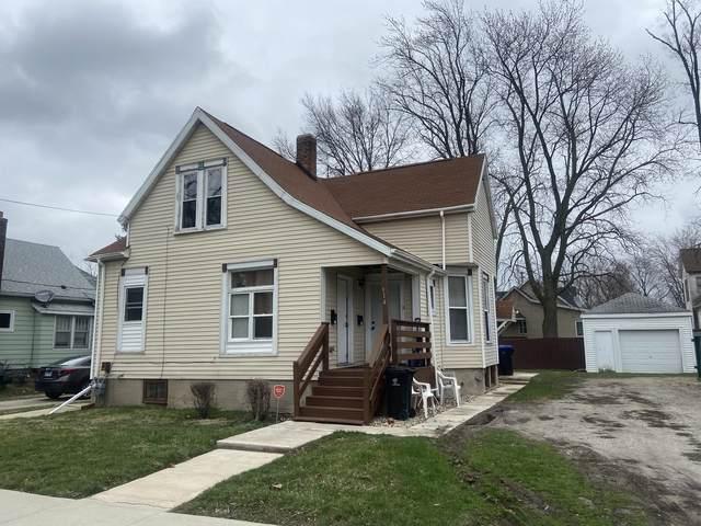 914 S Center Street, Bloomington, IL 61701 (MLS #11035520) :: Helen Oliveri Real Estate