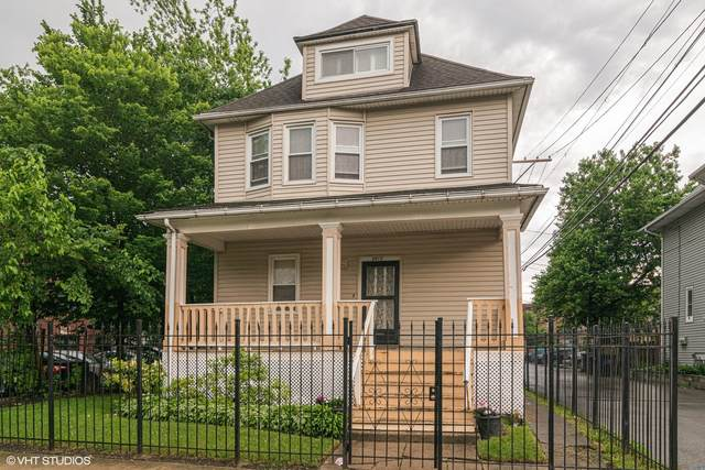 5517 W Ohio Street, Chicago, IL 60644 (MLS #11035858) :: Helen Oliveri Real Estate