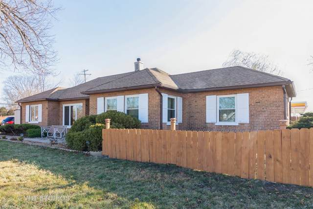1425 W 54th Place, La Grange Highlands, IL 60525 (MLS #11036637) :: The Dena Furlow Team - Keller Williams Realty