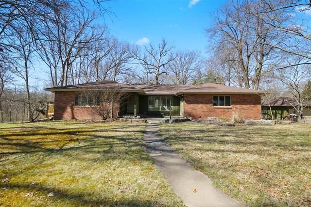 1001 Oak Creek Circle, Mahomet, IL 61853 (MLS #11036846) :: The Dena Furlow Team - Keller Williams Realty