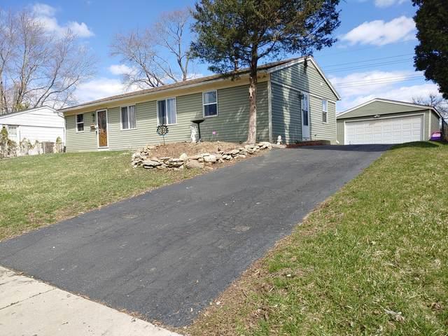55 Alameda Drive, Carpentersville, IL 60110 (MLS #11037290) :: Helen Oliveri Real Estate