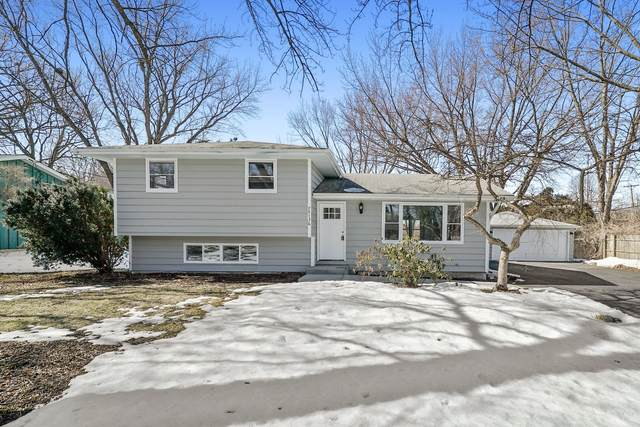 7S136 Thornapple Drive, Naperville, IL 60540 (MLS #11038571) :: Carolyn and Hillary Homes