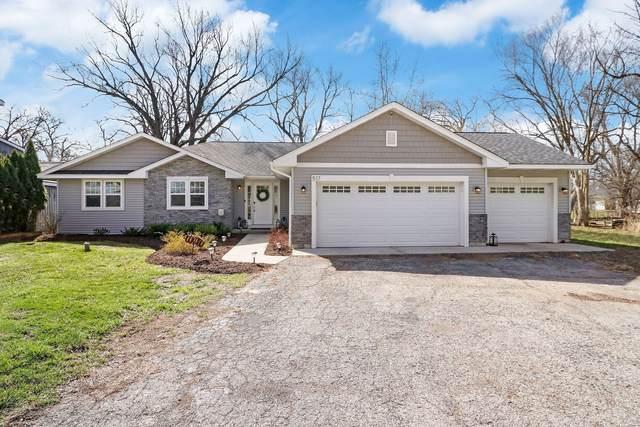 517 S Circle Avenue, Port Barrington, IL 60010 (MLS #11039256) :: O'Neil Property Group