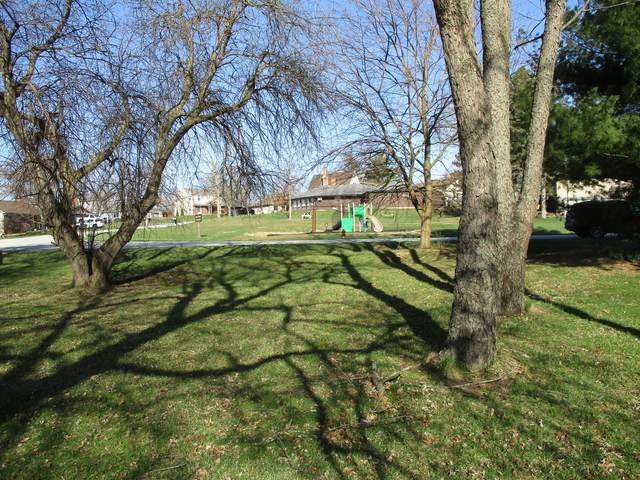 1100 Country Club Drive, Crown Point, IN 46307 (MLS #11039684) :: O'Neil Property Group