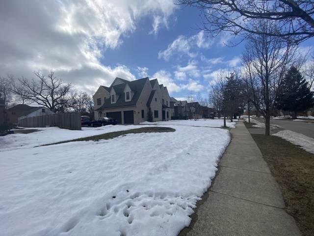 1680 Shermer Road, Northbrook, IL 60062 (MLS #11040096) :: Helen Oliveri Real Estate
