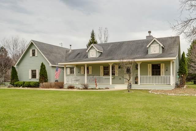 2409 W Wright Road W, Prairie Grove, IL 60014 (MLS #11040314) :: The Dena Furlow Team - Keller Williams Realty
