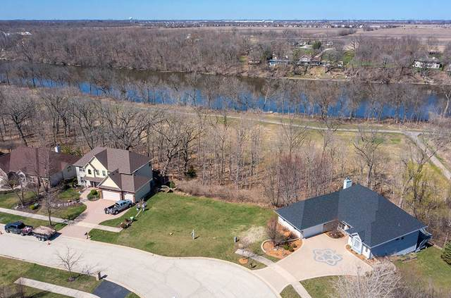 207 Windham Circle, Yorkville, IL 60560 (MLS #11040670) :: O'Neil Property Group