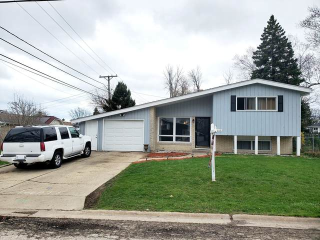 2209 Melrose Avenue, Waukegan, IL 60085 (MLS #11041018) :: The Perotti Group