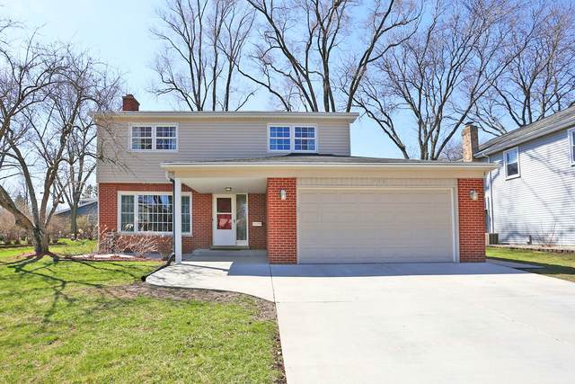 750 S Bennett Avenue, Palatine, IL 60067 (MLS #11041540) :: Helen Oliveri Real Estate