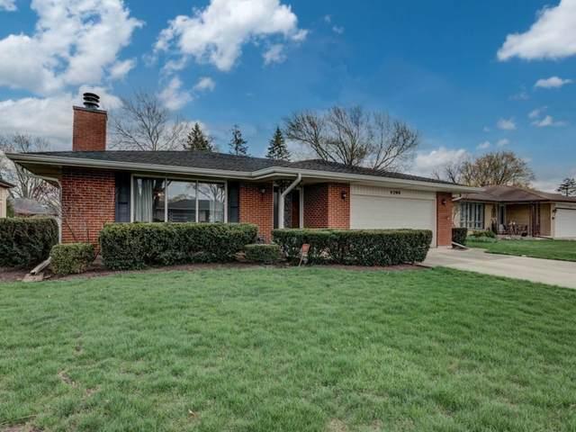1705 N Laurel Drive, Mount Prospect, IL 60056 (MLS #11042242) :: Helen Oliveri Real Estate