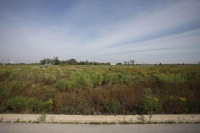 3250 Westwood Lane, Lynwood, IL 60411 (MLS #11043249) :: The Dena Furlow Team - Keller Williams Realty
