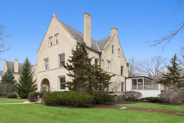 33 Scott Loop, Highland Park, IL 60035 (MLS #11043271) :: Helen Oliveri Real Estate