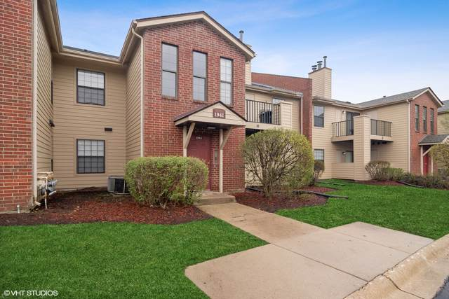 1941 N Hicks Road #202, Palatine, IL 60074 (MLS #11043294) :: The Perotti Group
