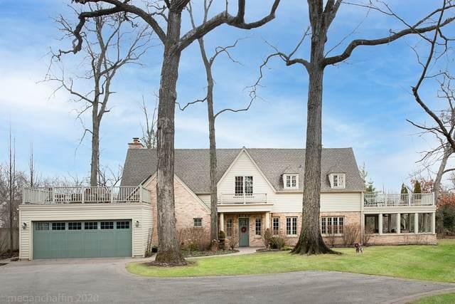 22 Country Lane, Northfield, IL 60093 (MLS #11043434) :: Helen Oliveri Real Estate