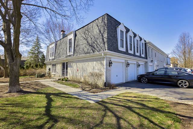 851 Garfield Avenue B, Libertyville, IL 60048 (MLS #11043468) :: Helen Oliveri Real Estate