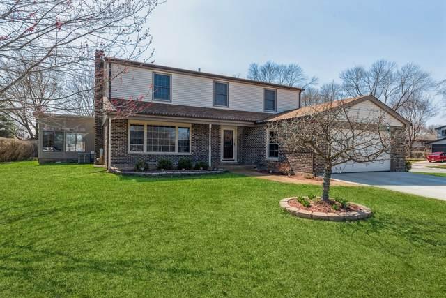 2003 E Canterbury Drive, Arlington Heights, IL 60004 (MLS #11044141) :: Helen Oliveri Real Estate