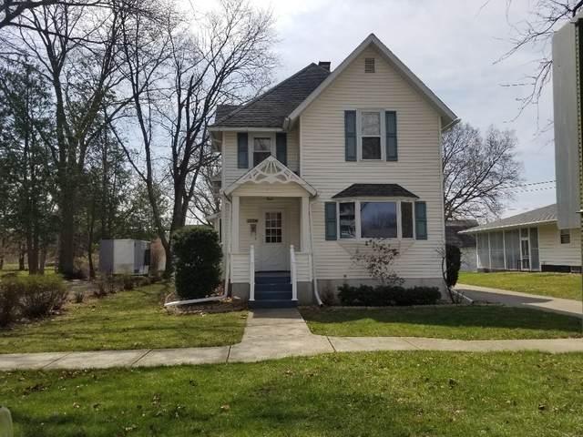 325 W 3rd Street, Prophetstown, IL 61277 (MLS #11044159) :: Helen Oliveri Real Estate