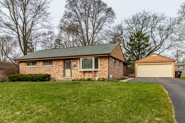 30 Johnathan Road, Lake Zurich, IL 60047 (MLS #11044653) :: The Perotti Group
