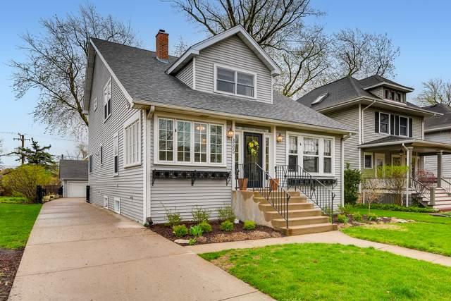 385 N Addison Avenue, Elmhurst, IL 60126 (MLS #11045875) :: Suburban Life Realty
