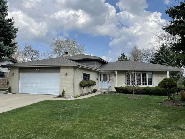 2325 N Windsor Drive, Arlington Heights, IL 60004 (MLS #11046340) :: Littlefield Group