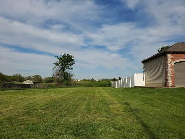 2106 Ridge Creek Drive, Bloomington, IL 61705 (MLS #11046387) :: Littlefield Group