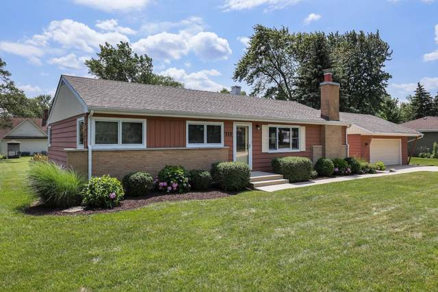 715 67TH Place, Willowbrook, IL 60527 (MLS #11046527) :: The Spaniak Team
