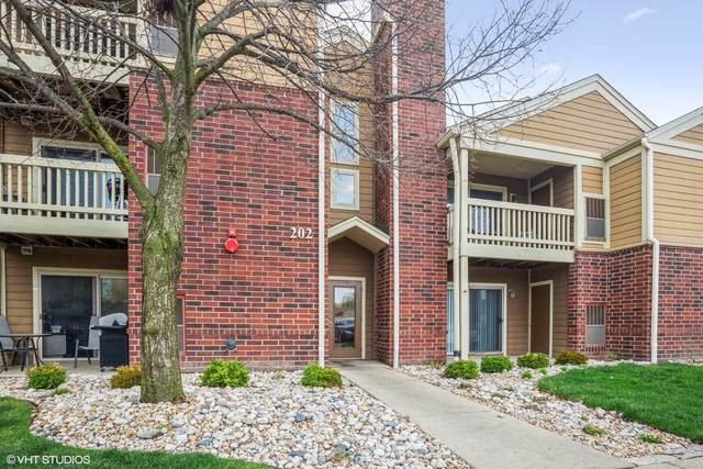 202 Glengarry Drive #208, Bloomingdale, IL 60108 (MLS #11048629) :: The Spaniak Team