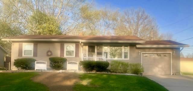 66 Hillcrest Drive, CLINTON, IL 61727 (MLS #11049422) :: The Perotti Group