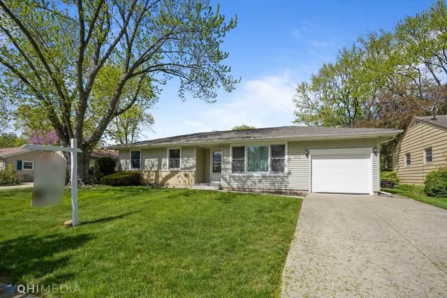 1616 N Kennicott Avenue, Arlington Heights, IL 60004 (MLS #11049461) :: Helen Oliveri Real Estate