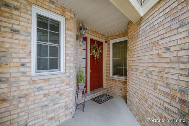 1709 Brookwood Road, Lisle, IL 60532 (MLS #11049644) :: Helen Oliveri Real Estate