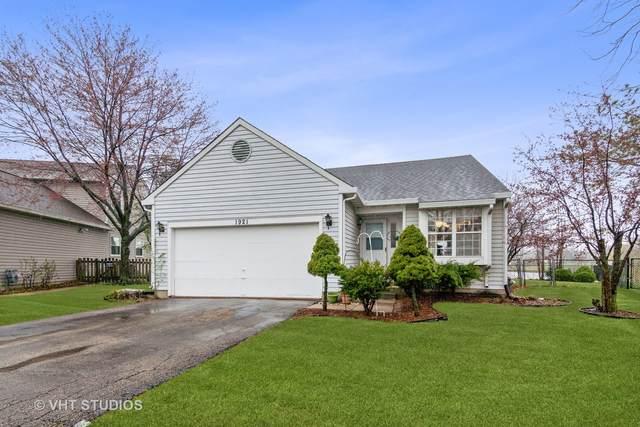 1921 Grosse Pointe Court, Hanover Park, IL 60133 (MLS #11050093) :: John Lyons Real Estate