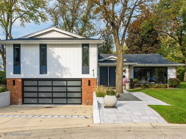 412 Sunset Drive, Wilmette, IL 60091 (MLS #11050772) :: Schoon Family Group