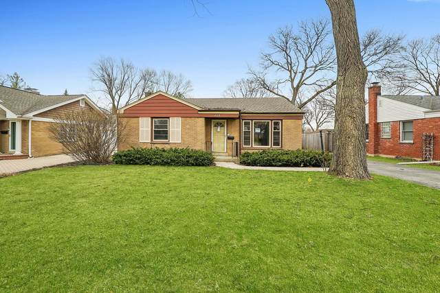 209 N Dryden Place, Arlington Heights, IL 60004 (MLS #11050778) :: Schoon Family Group