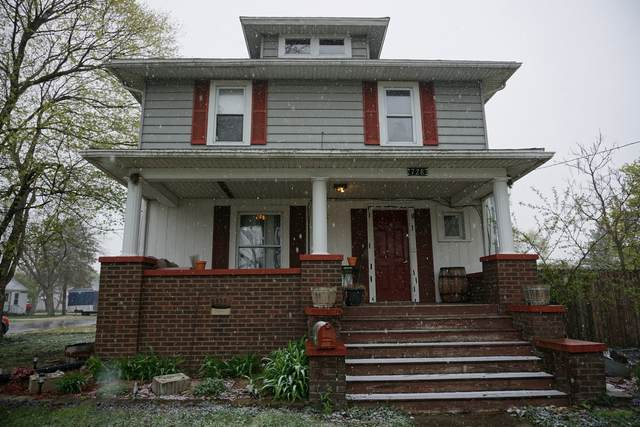 728 W Washington Street, Hoopeston, IL 60942 (MLS #11051240) :: Helen Oliveri Real Estate