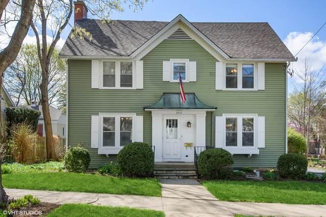 640 S Cook Street, Barrington, IL 60010 (MLS #11051738) :: Helen Oliveri Real Estate