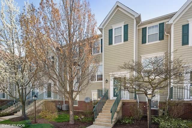 1095 Village Center Parkway #3, Aurora, IL 60506 (MLS #11051843) :: Helen Oliveri Real Estate