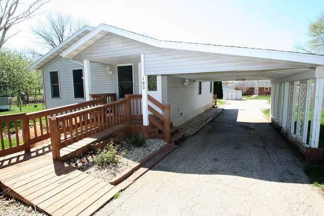 102 S Kruse Street, Mackinaw, IL 61755 (MLS #11052384) :: O'Neil Property Group