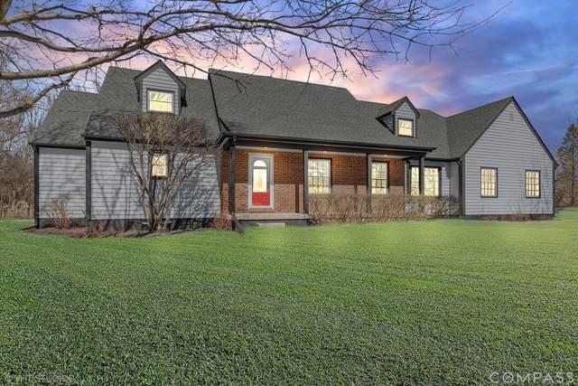 2100 Mulguy Drive, Inverness, IL 60010 (MLS #11052437) :: Helen Oliveri Real Estate