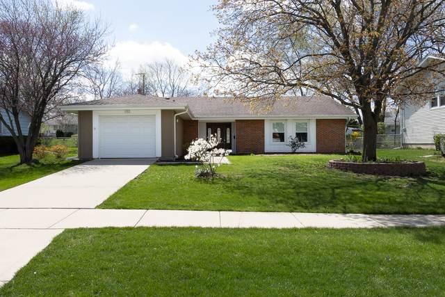 1753 Glen Lake Road, Hoffman Estates, IL 60169 (MLS #11052733) :: The Spaniak Team
