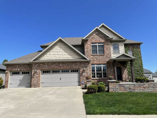 2806 Stevenson Drive, Bloomington, IL 61704 (MLS #11052747) :: Janet Jurich