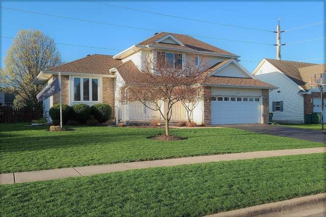 1330 Foxbend Drive, Sycamore, IL 60178 (MLS #11053195) :: Littlefield Group