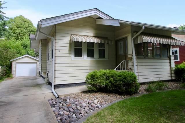 12 Harwood Place, Bloomington, IL 61701 (MLS #11053806) :: RE/MAX IMPACT