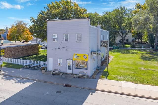 518 W Main Street, Kirkland, IL 60146 (MLS #11053839) :: Helen Oliveri Real Estate